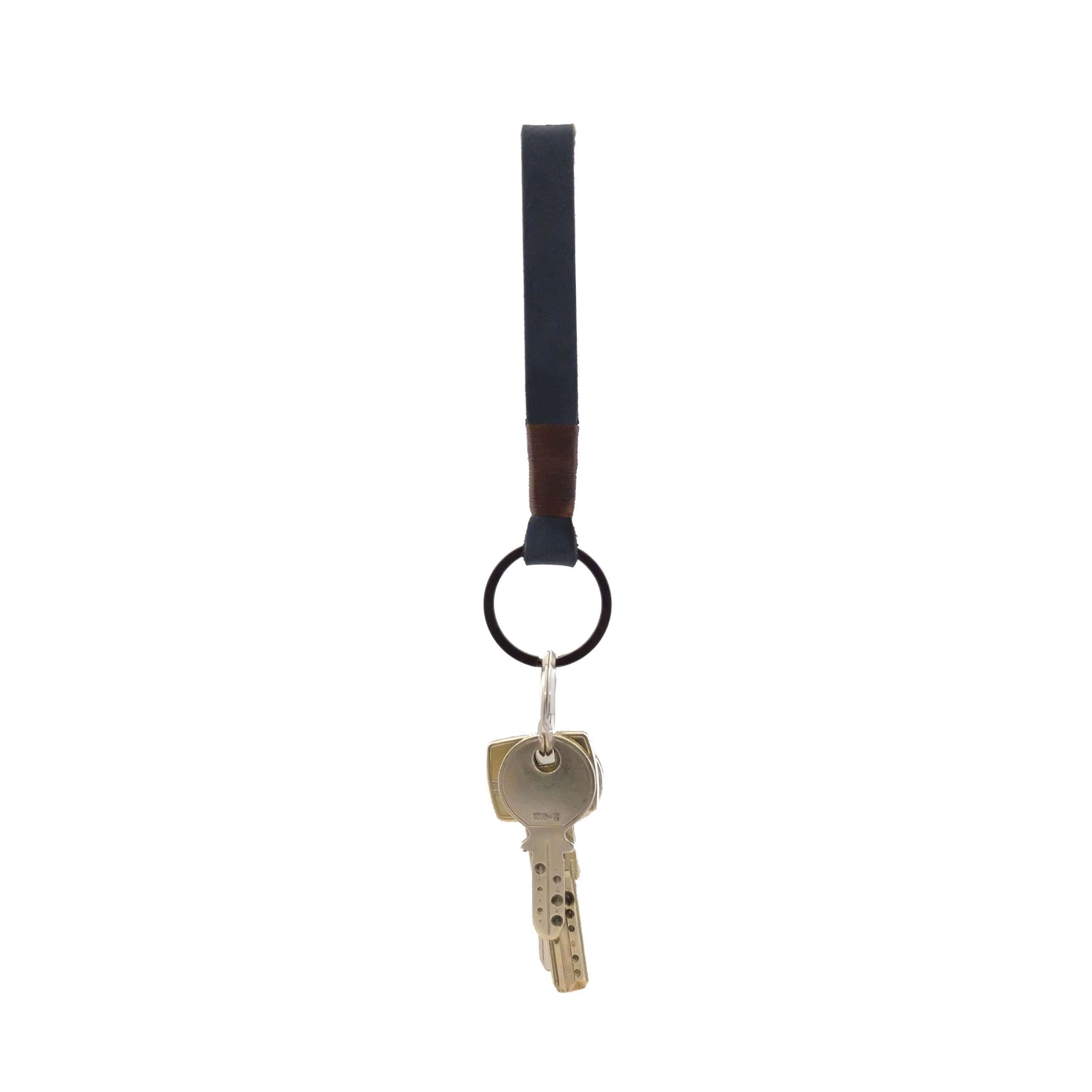 LEATHER KEY CHAIN NAVY